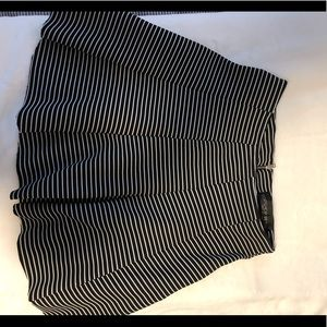 Topshop black and white striped skirt size 4 NWOT